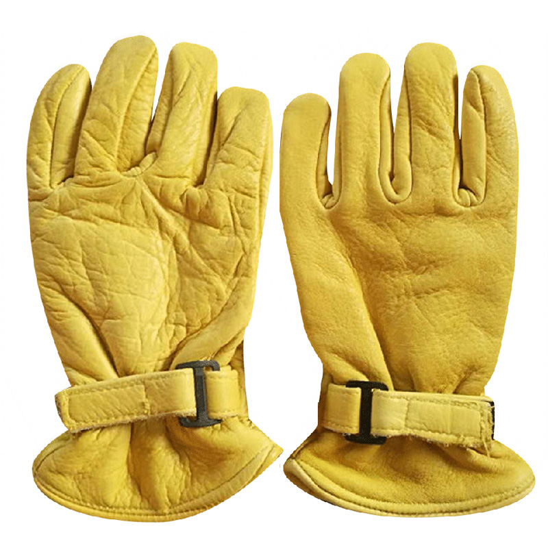Yellow sheep driver gloves